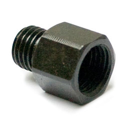 Adapter for cylinder and pump
